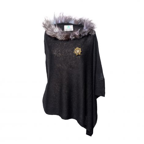 Lestere Black Fur Poncho with Lestere color Baroqco Brooch